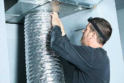 air duct cleaning san antonio technician