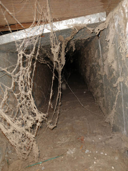 Dust And Debris in commercial ducts