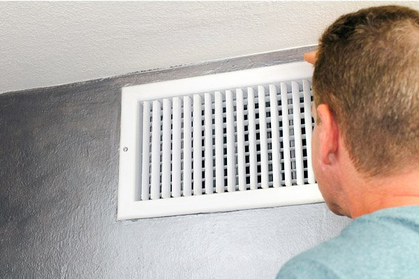 Should My AC Vent Be Open or Closed?
